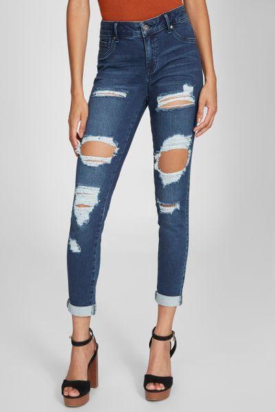 Jeans-basicos-GbyG-para-dama-Guess