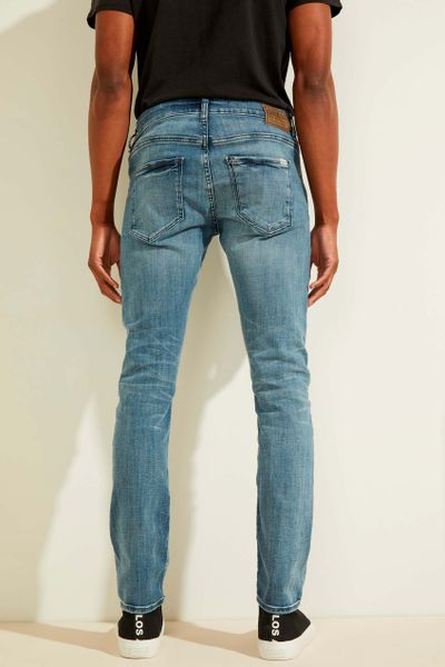 Jeans-corte-skinny-GUESS